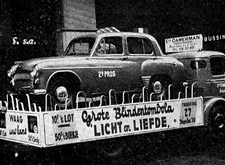 Tweede prijs van onze Tombola: een Hillman Berline de Luxe (1955)