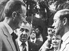 Robert Fraeyman van Licht en Liefde en proost Frans Branders bij koning Boudewijn (1981)