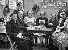 """Licht en Liefde op de Handelsfoor in Gent: """"blinden aan het werk en blinden op bezoek!"""" (1953)"""